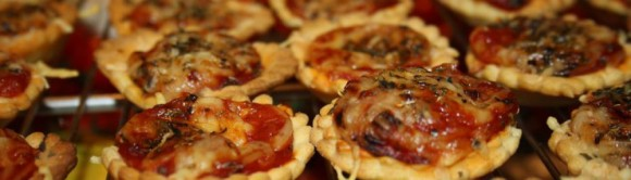 cropped-mini-pizzas.jpg