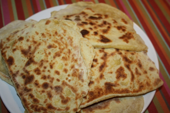 Naans nature et fromage au Thermomix