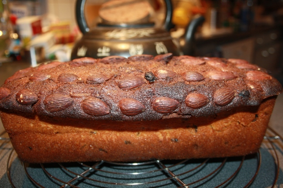 Dundee cake ou cake aux fruits confits