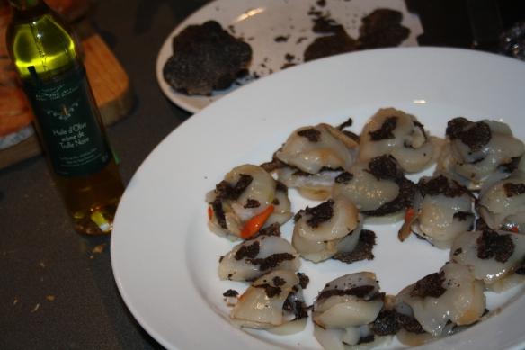 Carpaccio de St Jacques aux truffes