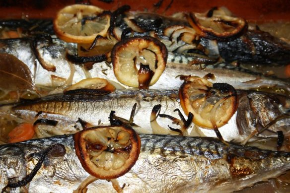 Maquereaux marinés cuits au four