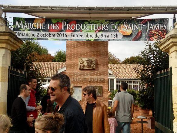Marché des producteurs à l'Hôtel Le St James à Bouliac