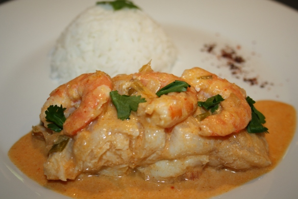 Curry de poisson filets de lingue et crevettes